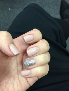 Silver Glitter, Nails, Beauty, Finger Nails, Silver Sequin, Ongles, Nail, Cosmetology, Nail Manicure