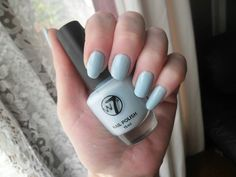 W7 - Sheer Blue NailsByCC