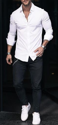 7 cool white shirt outfit ideas for men Mens Fashion Blog, Best Mens Fashion, Trendy Fashion, Fashion Ideas, Fashion Clothes, Lifestyle Fashion, Trendy Style, Fashion Tips, Fashion Trends