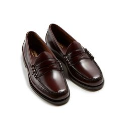 Shop now for the finest traditional American Ivy League, British and Continental menswear, Paraboot, Pendleton, J. Keydge, Oxford cloth button-down, John Simons online store and shop in London, worldwide shipping Loafer Shoes, Loafers Men, Men's Shoes, Shoe Boots, Dress Shoes, Black Shoes, African Attire For Men, Moccasins Mens, Fashion Shoes