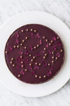 Chokoladetærte med saltkaramel – Maja Vase