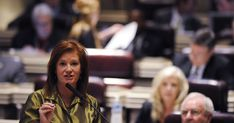 Bill would add 4 nonvoting members to Alabama State Board of Education