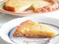 No hace falta que gastes horas en la cocina para preparar un postre fabuloso. Como muestra tienes este pastel rápido de manzana del blog RECETAS Y A COCINAR SE HA DICHO.