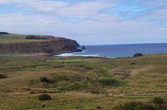 Vista a Tongariki desde Rano Raraku.