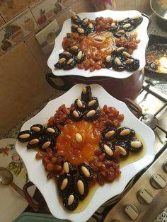 Food Platters, Food Dishes, Morrocan Food, Dessert Restaurants, Algerian Recipes, Healthy Dinner Recipes, Cooking Recipes, Ramadan Recipes, Food Decoration