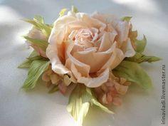 Цветы из шелка. Заколка брошь ЧАЙНАЯ РОЗА. Натуральный шелк. - цветы из ткани