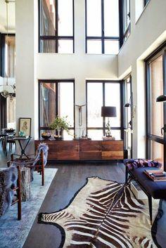 piso-con-cristaleras-doble-altura-decoración-moderna