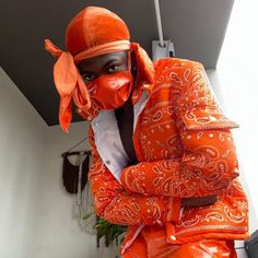 Fashion News, Mens Fashion, Style Fashion, Cowboy Outfits, Orange Pants, Music People, Celebs, Celebrities, Musica