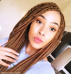 Simphiwe Ngema's new hairdo receives a nod from the masses Dark Blonde, Blonde Color, Latest Hairstyles, Braided Hairstyles, Jessica Nkosi, South African Celebrities, African Actresses, Bright Pink Lipsticks, Orange Eyeshadow