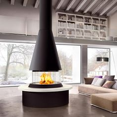 The Marvik is part of the unique panoramic collection of fireplaces by Italian stove makers Piazzetta, offering a 360 degree view of the fire. Viewed from any angle, the curved glass and beautiful majolica cladding have been cleverly designed for toda