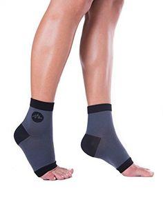 BlackMount Compression Socks For Men Or Women, Perfect For Nurses, Running, Travel, Diabetics, Plantar Fasciitis, Sports & More! Pack Of 2 Toeless Easy On Foot Sleeves, Love Them Or Your Money Back. BlackMount http://www.amazon.com/dp/B015D5RXLK/ref=cm_sw_r_pi_dp_RQMlwb0JJABZD