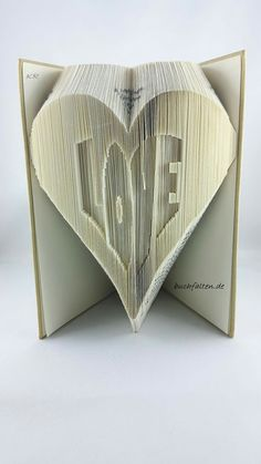Love book folding book folding basics explained this lists ein herz mit love buchfalten fandeluxe Image collections
