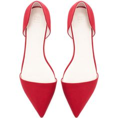Zara Pointed Vamp Shoe With Heel Back (2,035 MKD) ❤ liked on Polyvore featuring shoes, flats, heels, zara, pumps, burgundy, zara flats, pointed heel shoes, burgundy shoes and flat pumps