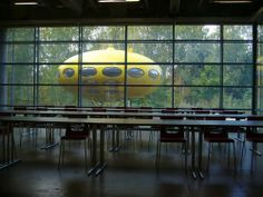 EMMA (Espoo Museum of Modern Art). That UFO fits perfectly with the otherworldly place that is Suomi. Helsinki, Finland Culture, Crazy People, Museum Of Modern Art, Ufo, Teacher, Study, Events, City
