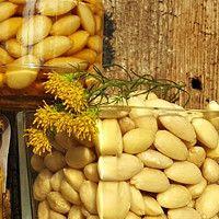 Dobrůtky / Jídlo a floristika | Fler.cz Muesli, Vegetables, Food, Granola, Essen, Vegetable Recipes, Meals, Yemek, Veggies