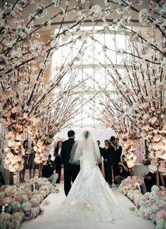 romantic cherry blossom indoor wedding aisle decoration ideas