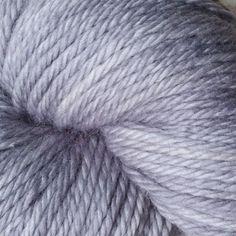 Oysters have had a long association with stout, with roots in New Zealand. When stouts were emerging in the 18th century, oysters were a commonplace food often served in public houses and taverns.  We're just glad that the two go together so well because it makes an awesome name for this light silvery-grey colorway.