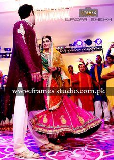 Aiza and Danish Dancing at their mehndi Ayeza Khan Wedding, Mehndi Dress, Pakistani Models, Pakistan Fashion, Sweet Couple, Celebs, Celebrities, Beautiful Couple, Actors & Actresses