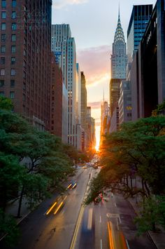 During Manhattanhenge, the setting sun aligns exactly between the bustling streets of New York. Due to seasonal variations in position of the sun, it rises precisely due east and sets due west only twice a year. The Manhattanhenge dates vary every year, as explained by the Hayden Planetarium, who keep track of the event but usually take place sometime in May and July.