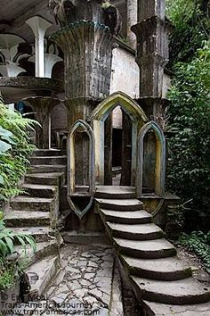 Las Pozas In the Mexican rainforest is a remote mountain village called Xilitla, home to the extraordinary surrealist architecture of Edward James