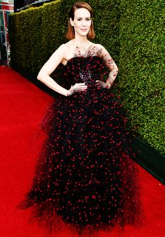 Sarah Paulson | 2014 Emmy Awards  actually obsessed with this dress