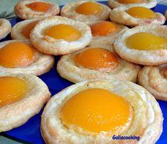 Tartelettes aux abricots - Le blog de Gali Sweet Pie, Apple Pie Recipes, Beignets, Caramel Apples, Nutella, Biscuits, Delicious Desserts, Deserts, Blog