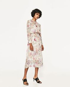 Image 1 of PRINTED FLOWING DRESS from Zara