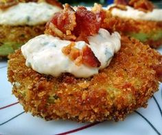 Best Tomato Recipes Fried Green Tomatoes - Recipe - Thing's You'll NeedGreen TomatoesPanko BreadcrumbsLarge EggsFat Free MilkFlourBaconCanola OilSpices(Sea Salt, Black Pepper, Garlic Powder, Onion Powder, and Parsl. Green Tomato Recipes, Vegetable Recipes, Fried Green Tomatoes, Cherry Tomatoes, Roasted Tomatoes, Tomato Sauce Recipe, Aioli Recipe, Tomato Pie, Best Food Ever
