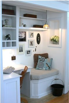 Find and save 37 closet office nooks ideas on Decoratorist. See more about closet office nook. Closet Office, Office Nook, Home Office Decor, Home Decor, Closet Nook, Closet Space, Corner Office, Corner Desk, Closet Redo