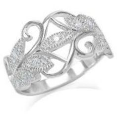 Love the detail on this ring