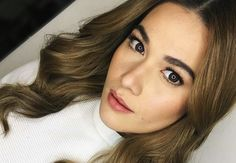 If you're a huge fan of the no-makeup makeup look (just like Bea Alonzo), here are the 5 beauty products her makeup artist recommends: