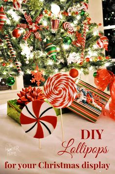 Make some cute Peppermint Lollipops to go with your Christmas display More Xmas… All Things Christmas, Christmas Home, Christmas Holidays, Christmas Ideas, Christmas Wreaths, Merry Christmas, Christmas Ornaments, Outdoor Christmas Decorations, D1