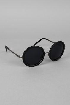Matte Pretty Peepers Sunglasses