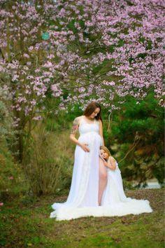 【楽天市場】マタニティフォト用マタニティドレス♪流れるようなシフォンとレースのゴージャスドレス「シェイ」臨月 妊婦 写真撮影 マタママ:ベビー&ウェディング ミシア