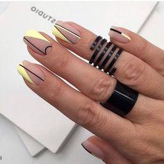 23 Great Yellow Nail Art Designs 2019 - Yellow Nails - Best Nail World Elegant Nail Designs, Elegant Nails, Stylish Nails, Trendy Nails, Nail Art Designs, Short Nail Designs, Nails Design, Cute Acrylic Nails, Cute Nails