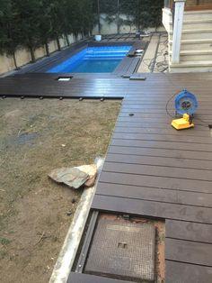 Estamos trabajando en el marnperlán y pavimentación de esta maravillosa piscina en León.  Enterate de cómo realizasmo todo el trabajo aquí: http://www.edanpergolas.com/nuestros-trabajos/pavimentacion-perimetro-piscina-con-madera-sintetica-29.html