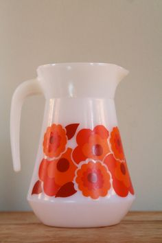 SALE  15 OFF  French Vintage 1970s Arcopal Flower by GaloreGalore, €13.00
