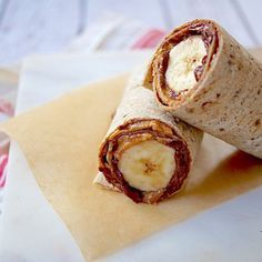 This Nutty Chocolate Banana Wrap hits all the hot buttons for being a kid favorite: tasty, chocolatey, and fun to make. Use a gluten-free flour tortilla for a GF version. School Lunch Recipes, Lunch Snacks, Easy Snacks, Healthy Snacks, Healthy Recipes, What's For Breakfast, Breakfast Recipes, Snack Recipes, Chocolate Wrapping