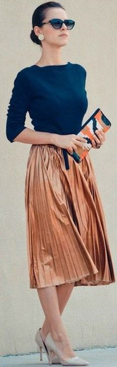 Classy And Casual Pleated Skirts Outfits Design Ideas 26