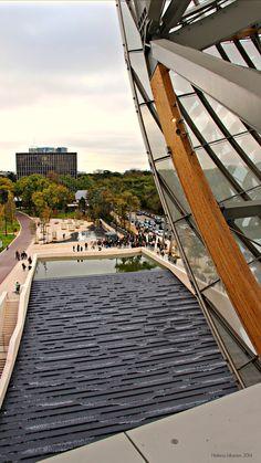 #fondationlouisvuitton #paris Fondation Louis Vuitton, Frank Gehry, Opera House, France, Paris, Building, Pictures, Travel, Museum