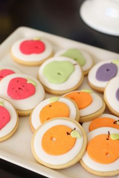 love these cookies inspired by illustrations from the hungry caterpillar ~ by Naomi of Hello Naomi blog