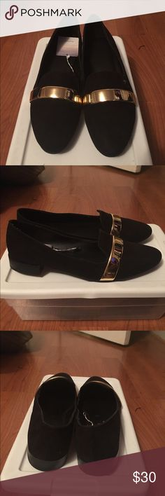 Zara Black Loafers Black loafers with gold bar across the top. Zara Shoes Flats & Loafers