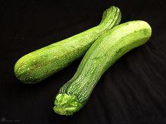 Cuketa Zucchini, Indie, Vegetables, Summer Squash, Veggies, Veggie Food, Vegetable Recipes