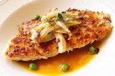 Coconut Crusted Tilapia with Pineapple-Curry Sauce http://www.yummly.com/blog/2011/12/tasty-tilapia-makes-everyone-happ-ia/