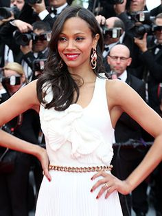 Zoë Saldana's rich magenta lip (and the exact lipstick she used)