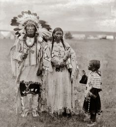 Sioux Indian Clothing | Yankton-Dakota+Sioux-Dress-Clothes-Design-Iron+Hail-Granddaughter-1920 ...