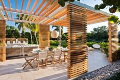 4 Gardens With Spectacular Pergolas and Shade Structures Pergola Swing, Outdoor Pergola, Backyard Pergola, Pergola Shade, Pergola Plans, Pergola Kits, Pergola Ideas, Patio Ideas, Pergola Cover