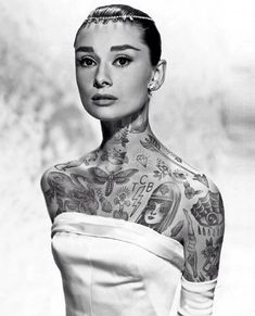 Un proyecto del artista estadounidense Cheyenne Randall experimenta con la posibilidad de que iconos de la historia contemporánea  hubiesen vivido una vida paralela ,  fueran personas normales, sin el  glamour  que les rodeó en su época ... y les hubiesen gustarado (mucho) los tatuajes