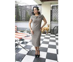 Miss Moneypenny - sukienka retro w kratkę