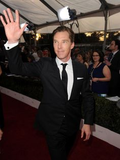 Benedict Cumberbatch Brings British Charm to the SAG Awards 2014